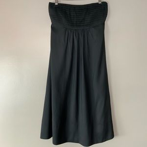 Banana Republic silk pleated strapless dress